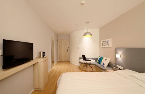 ehotel-room1